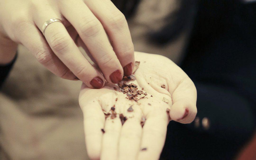 Cómo usar los Nibs de cacao: 10 formas divertidas de usarlos