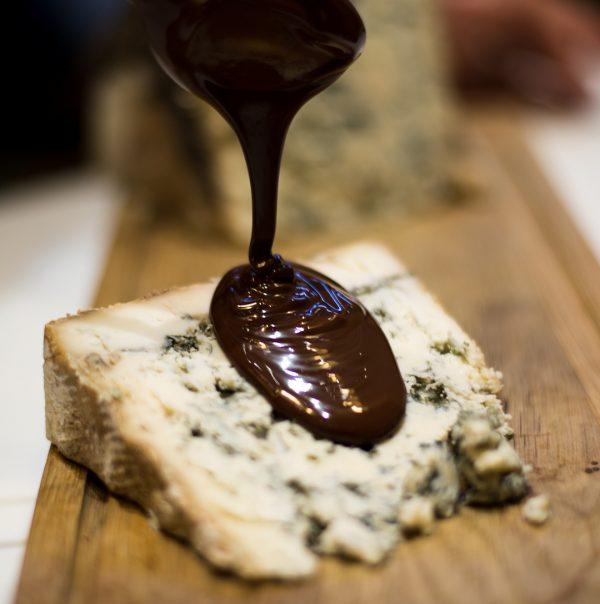 Cata de chocolate y quesos en Madrid